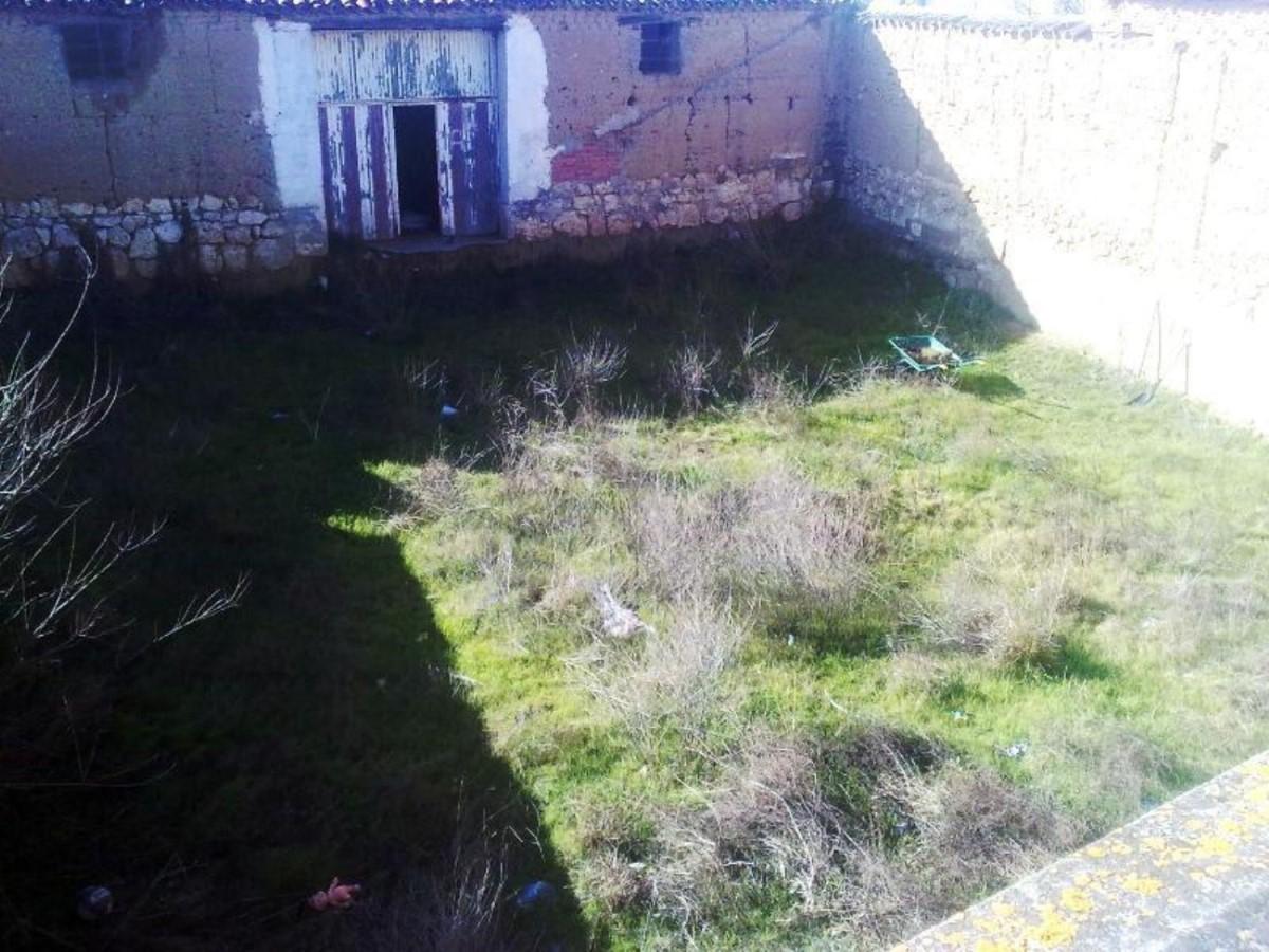 Chalet en Venta en  Villamuriel de Cerrato