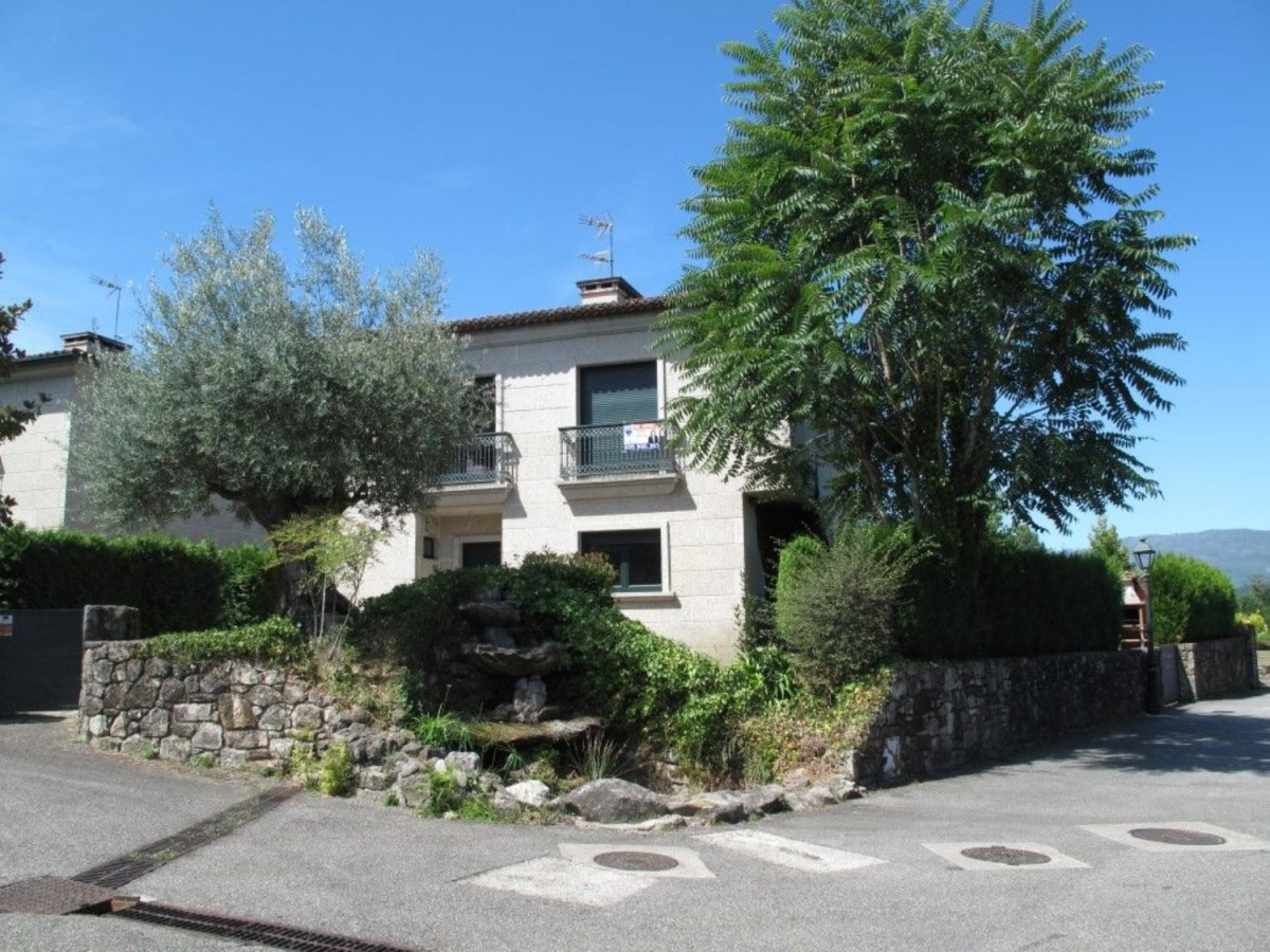Chalet en Venta en  Mondariz-Balneario