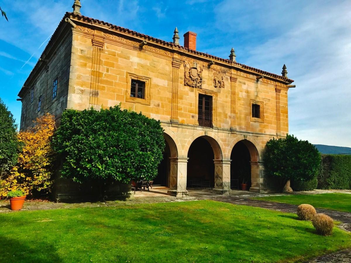 Casa Rural en Venta en  Torrelavega