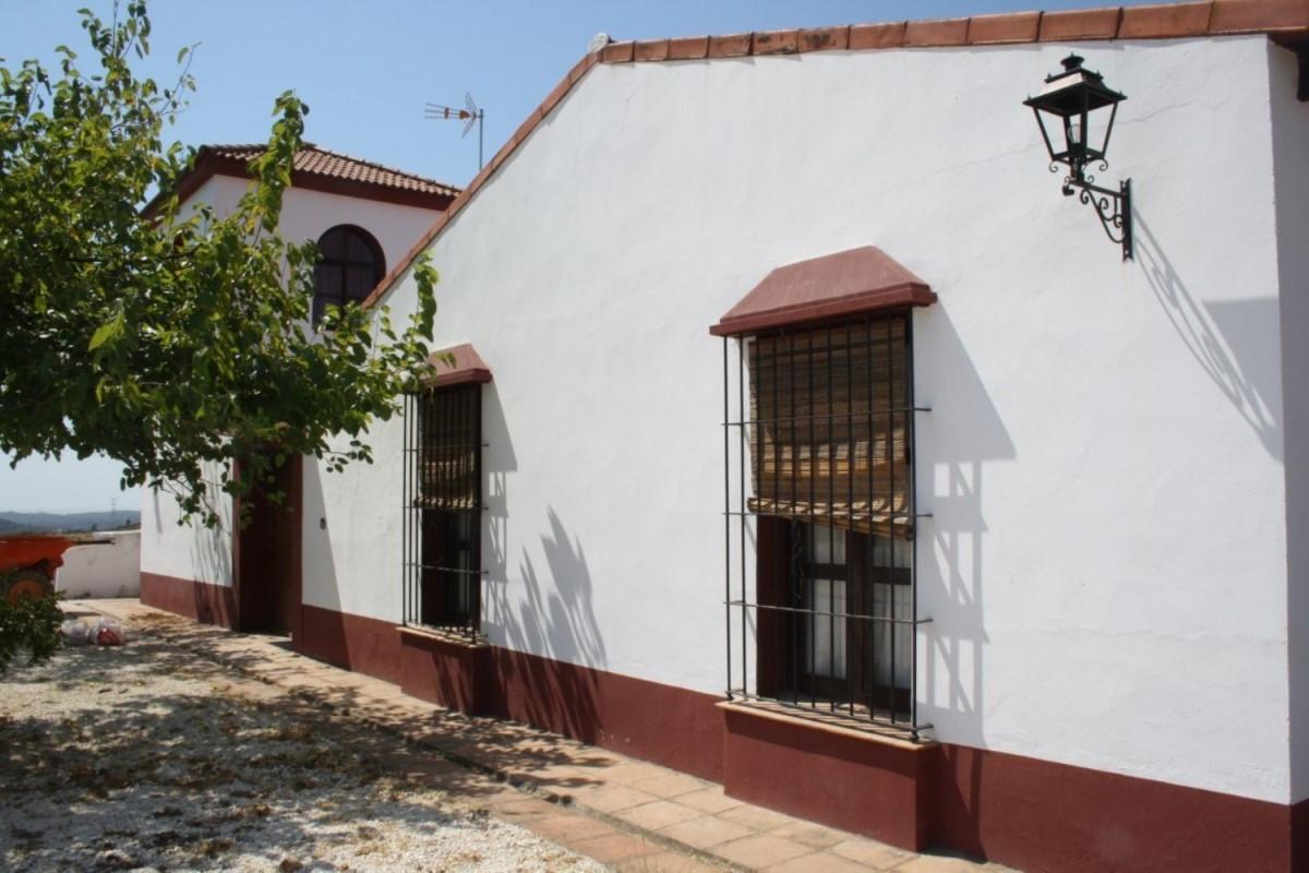 Casa Rural en Alquiler en  Gerena