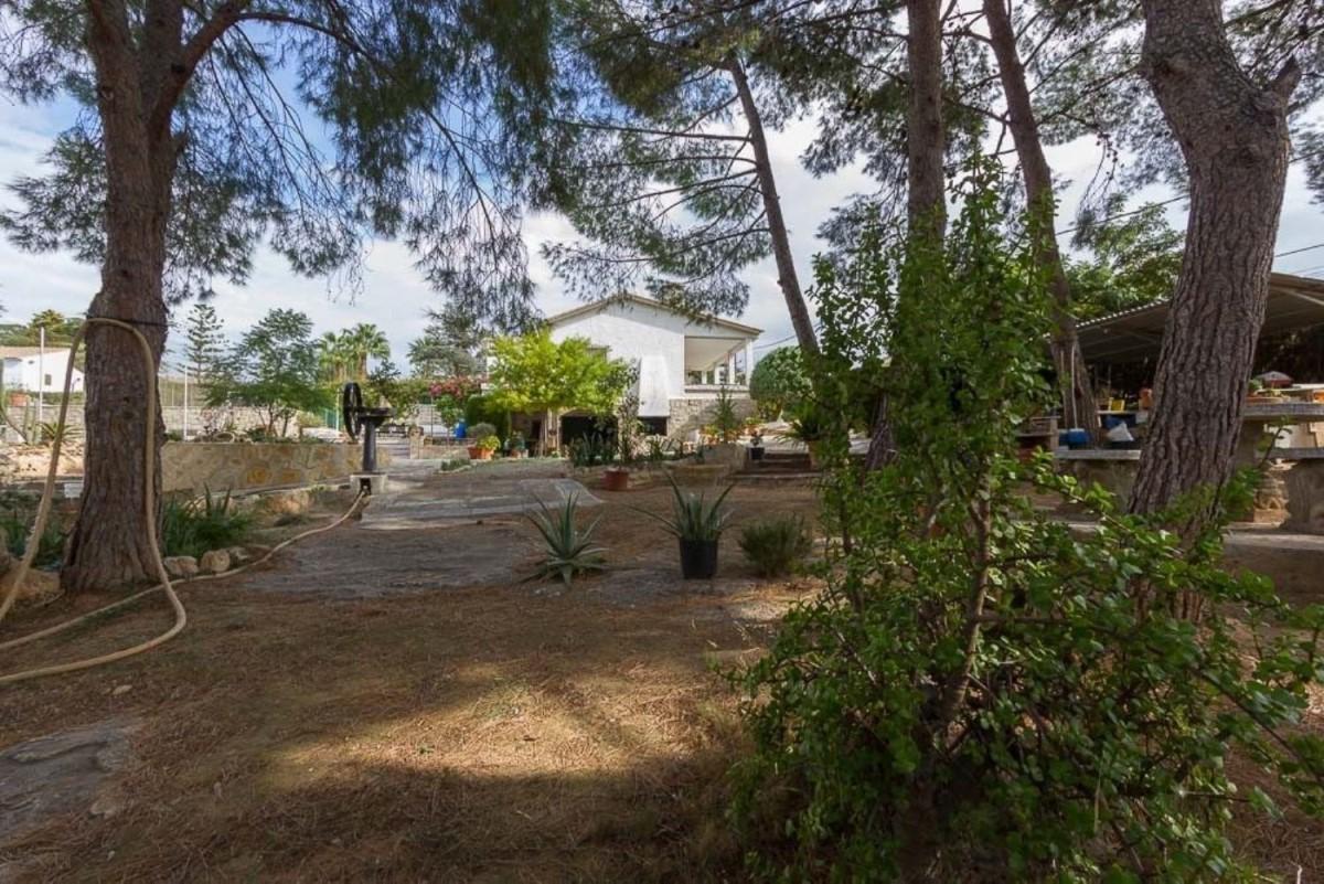 Suelo Urbano en Venta en  Pobla de Vallbona, La