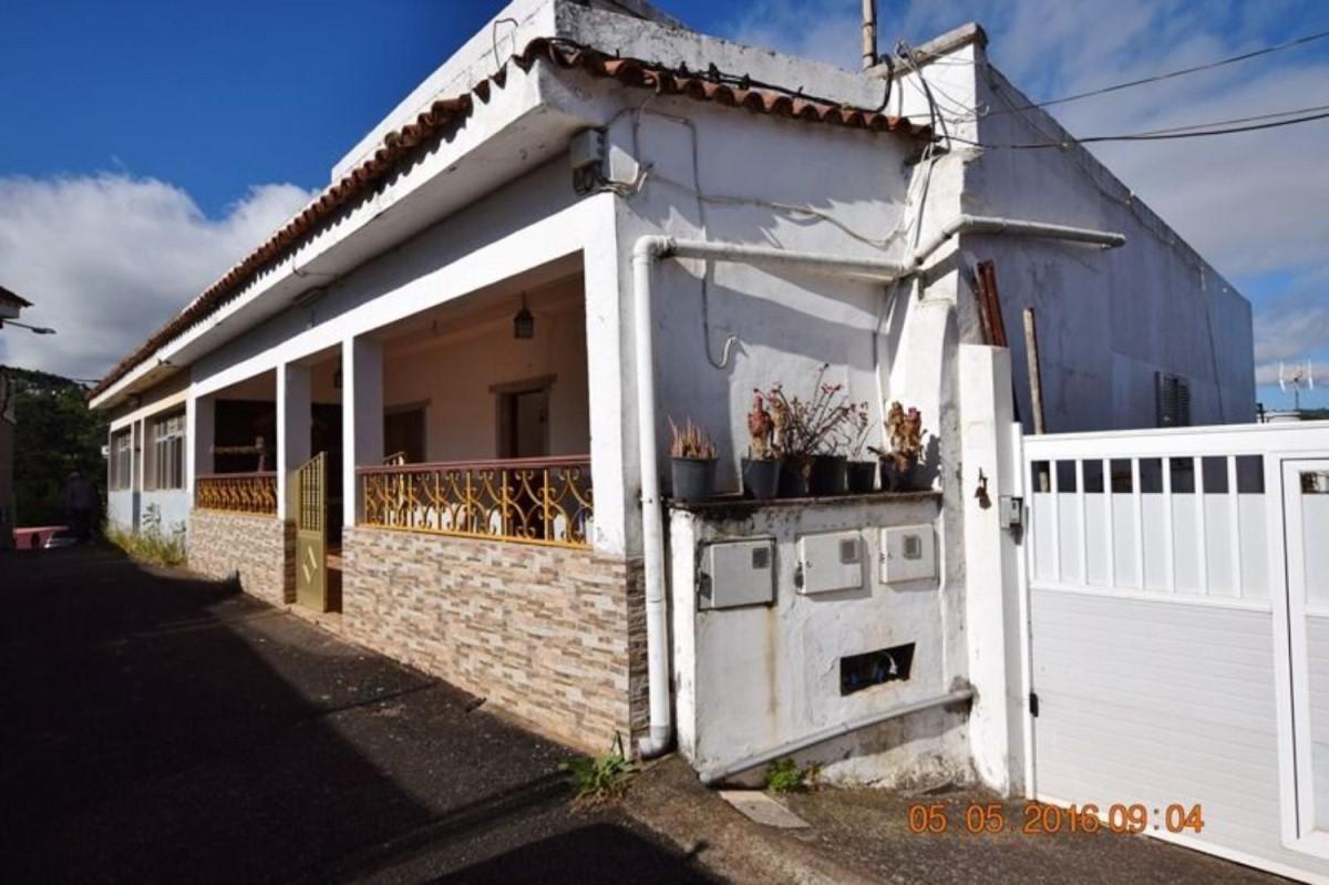 Chalet Adosado en Venta en  Valleseco