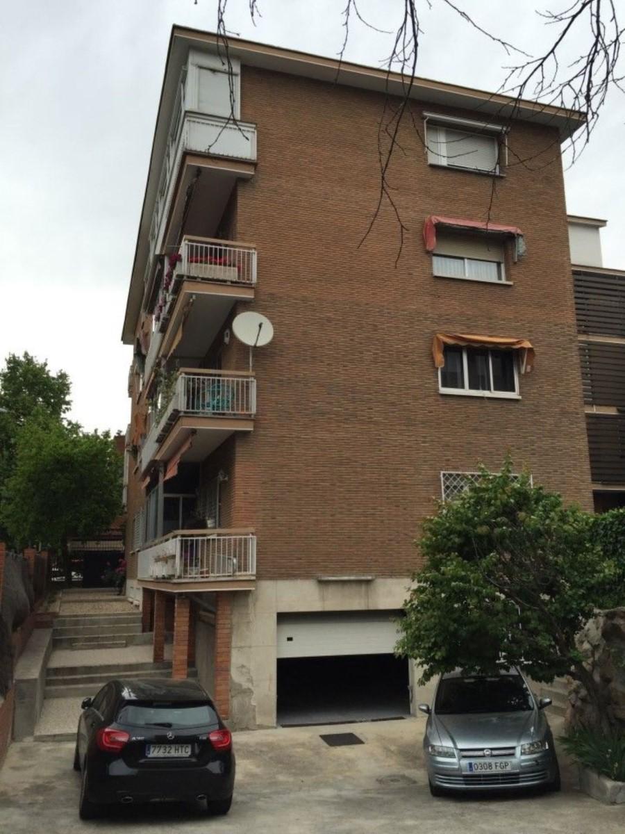 Garaje en Venta en Ciudad Lineal, Madrid