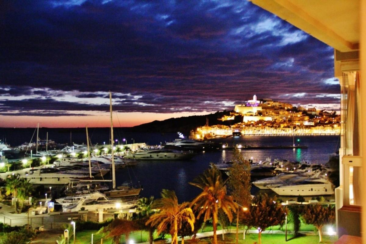 Piso en Venta en  Eivissa