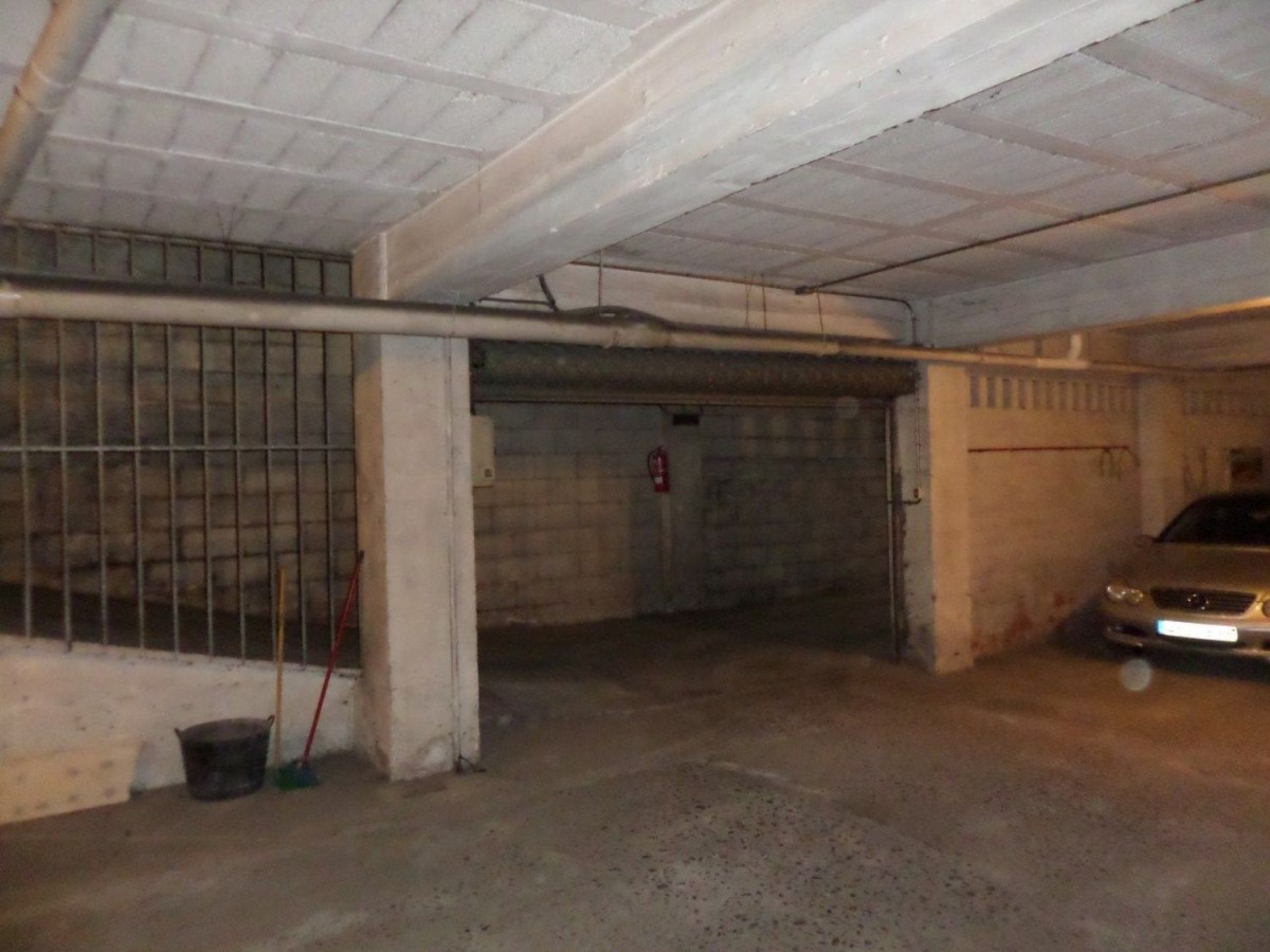 Garaje en Venta en  Ourense