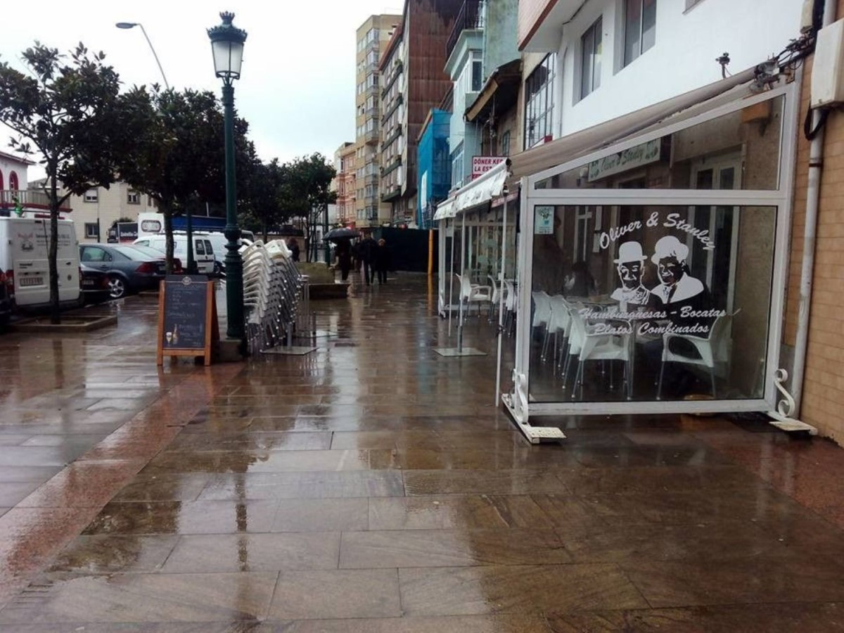 Local Comercial en Venta en  Ribeira