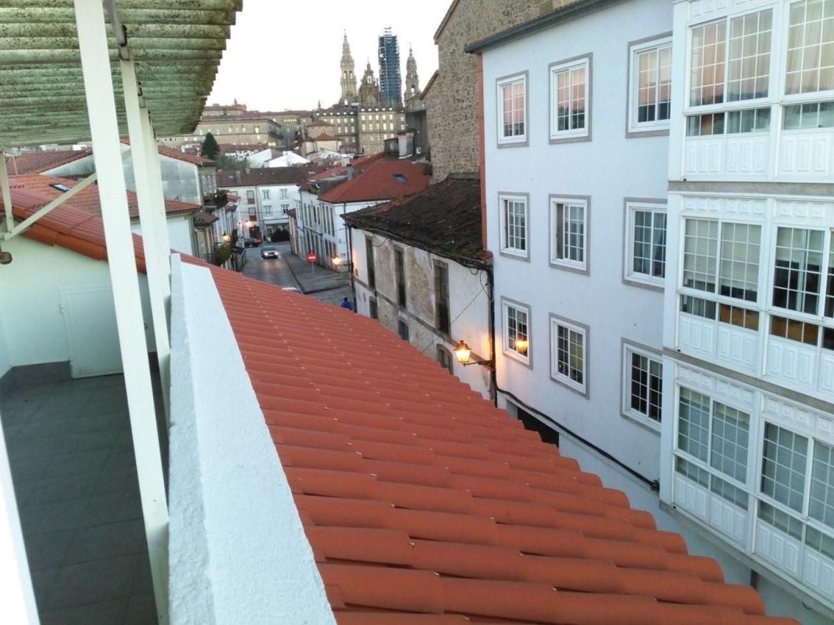 Atico en Alquiler en  Santiago de Compostela