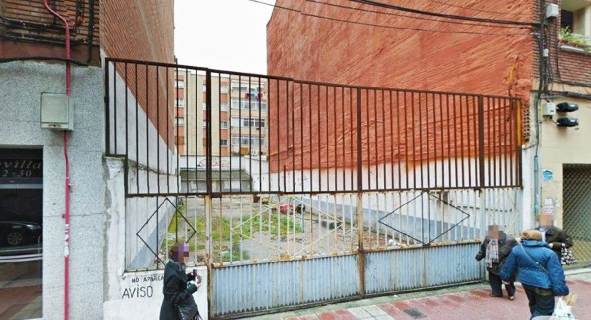 Urban lot  For Sale in  Valladolid