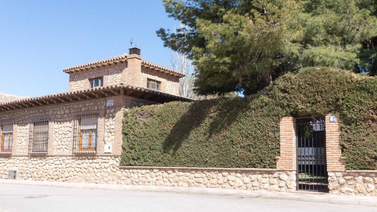 Chalet en Venta en  La Villa de Don Fadrique