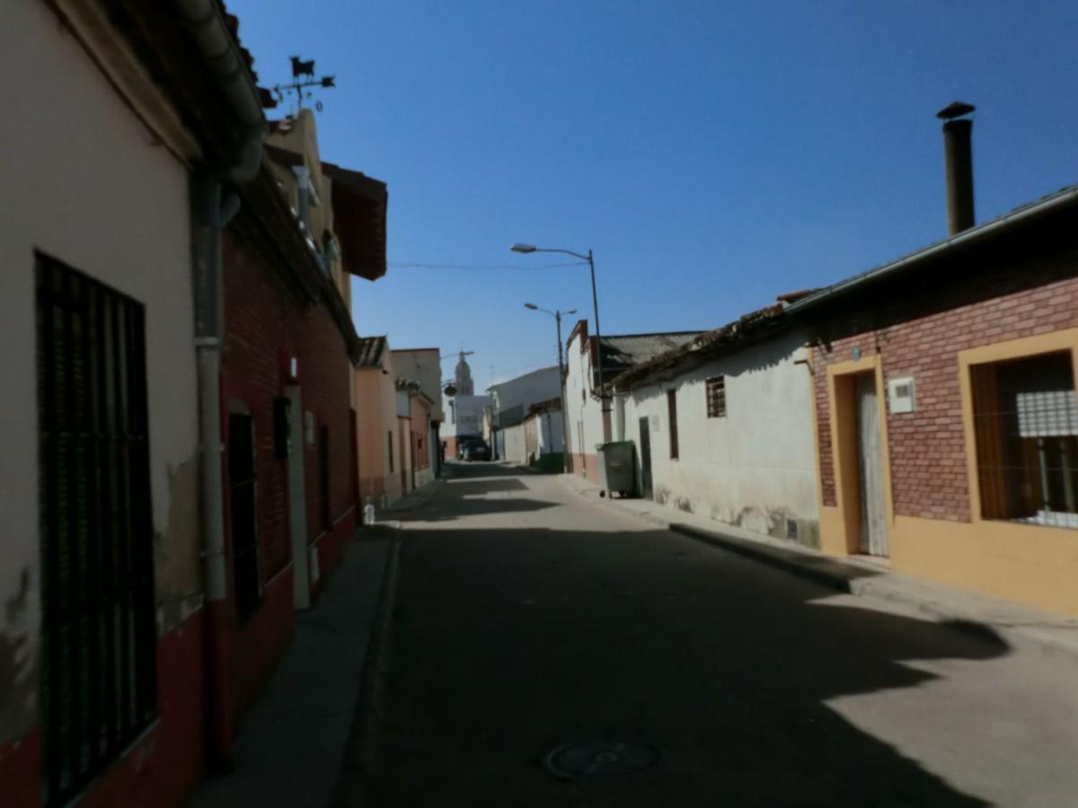 Chalet Adosado en Venta en  Matapozuelos