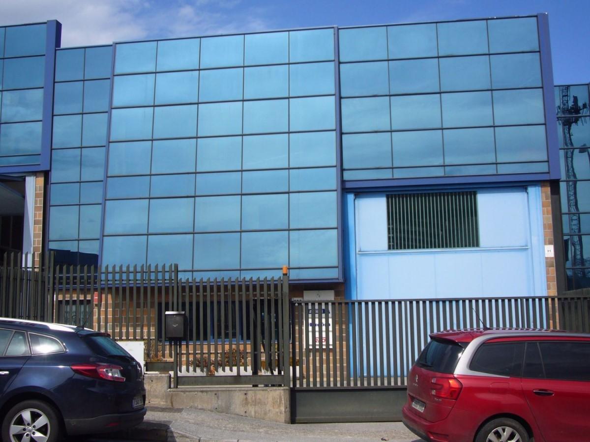 Nave Industrial en Venta en Porceyo - Bernueces, Gijón