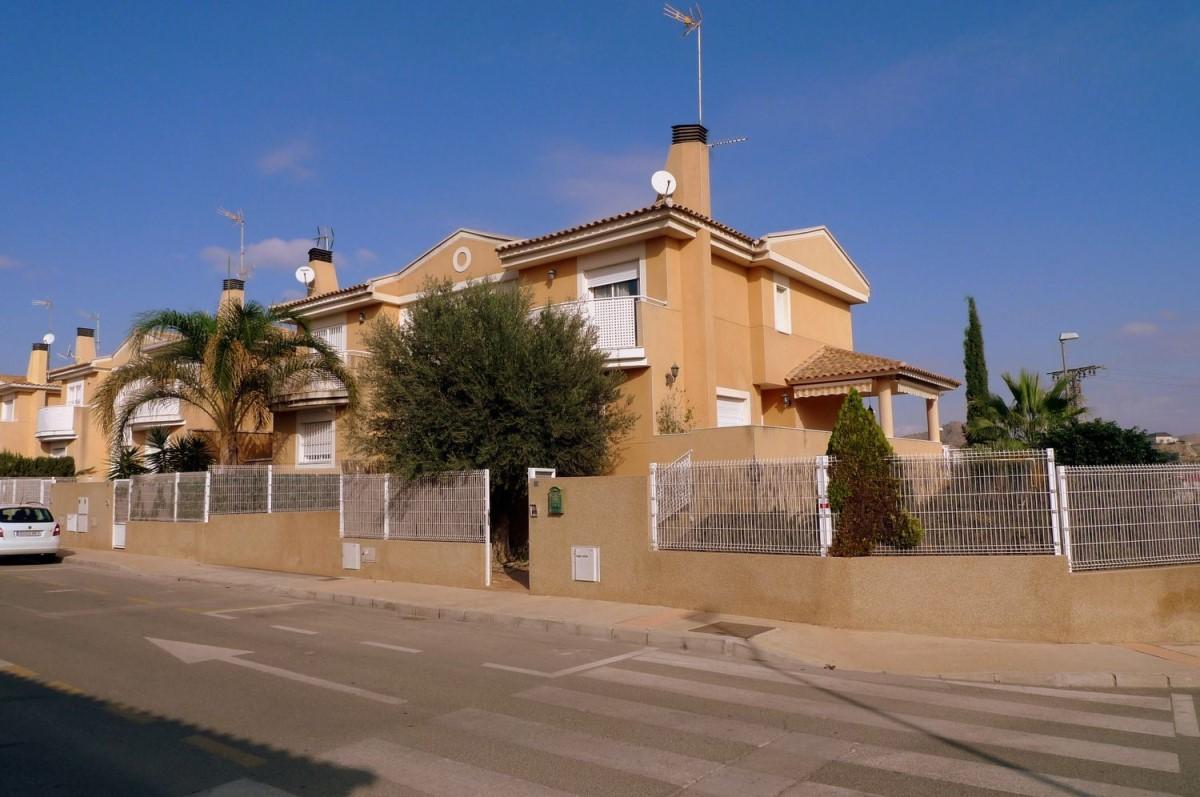 Chalet Adosado en Venta en Pedanías Norte, Murcia