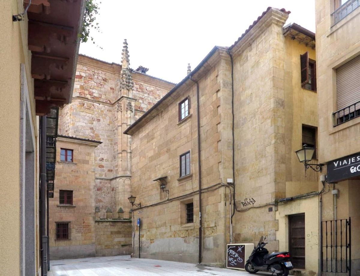 Chalet Adosado en Venta en Centro, Salamanca