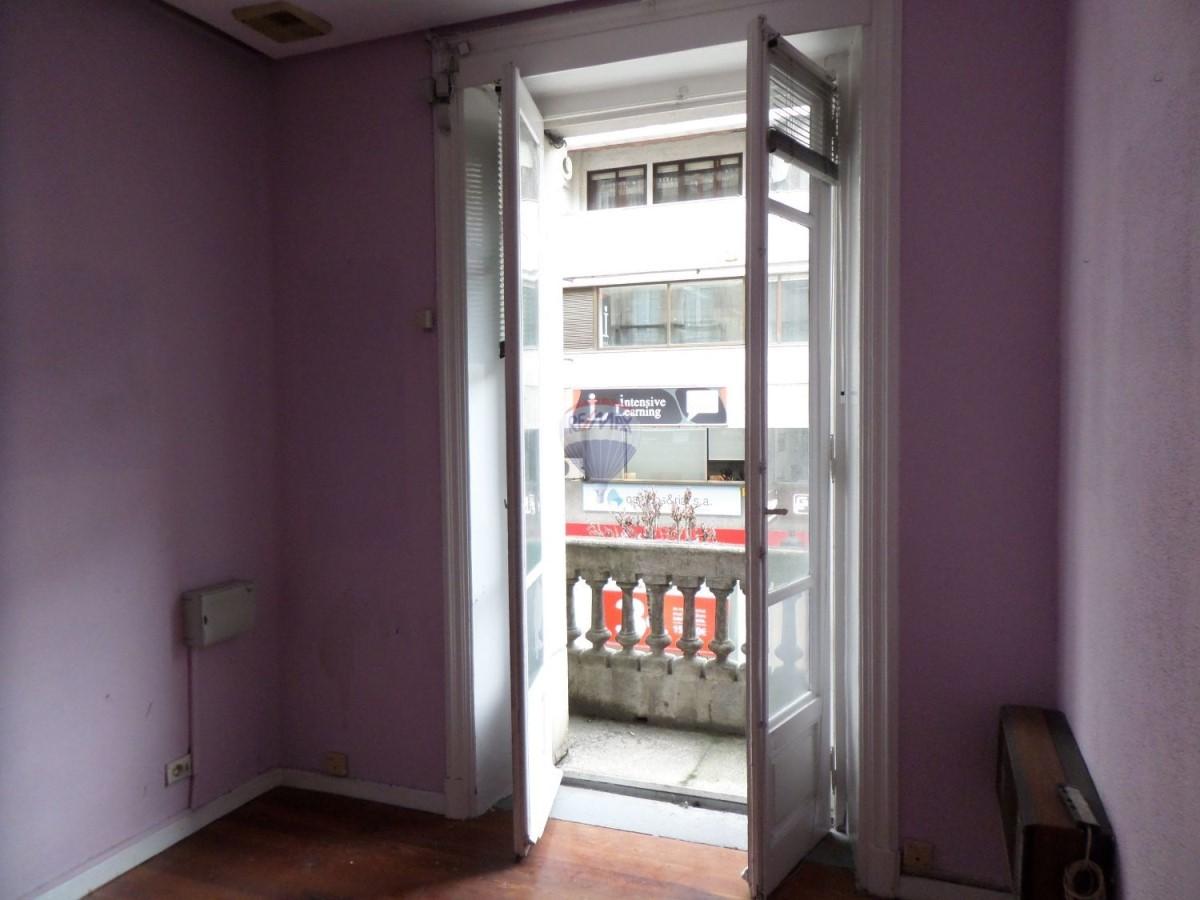 Oficina en Alquiler en  Ourense