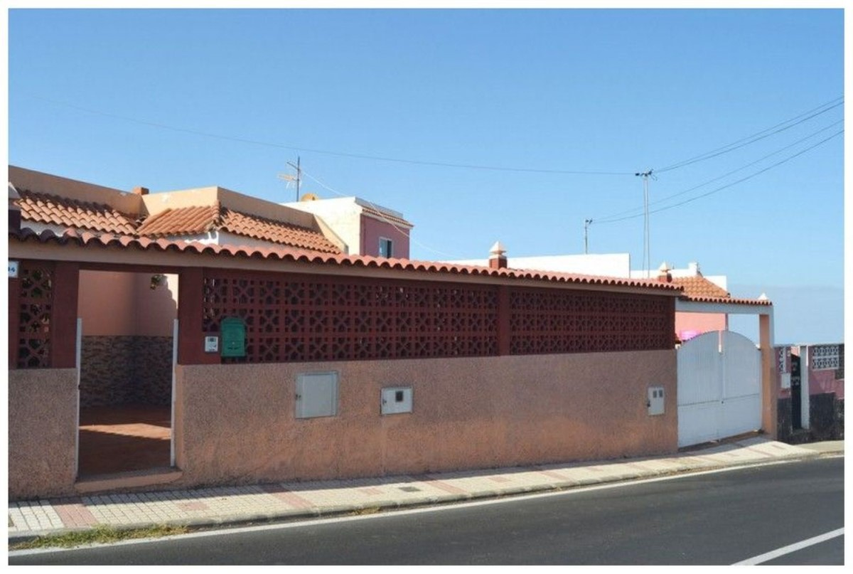 Chalet en Venta en La Herradura-Caserones-Higuera, Telde