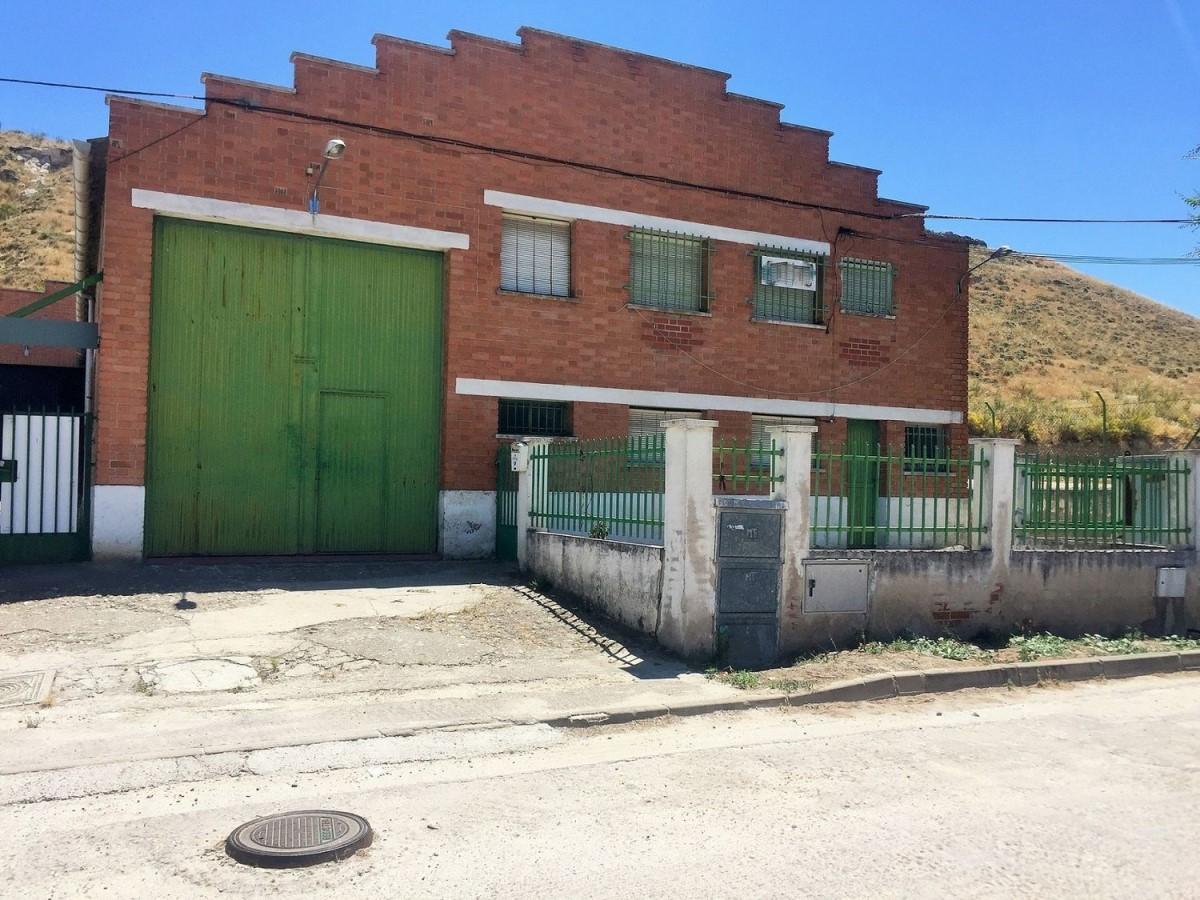 Nave Industrial en Alquiler en  Paracuellos de Jarama