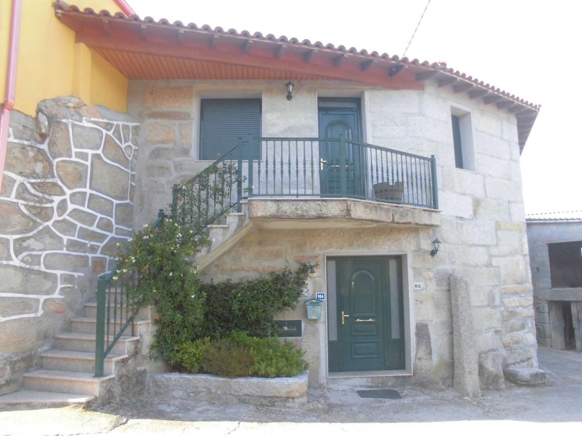 Casa Rural en Venta en  San Cibrao das Viñas