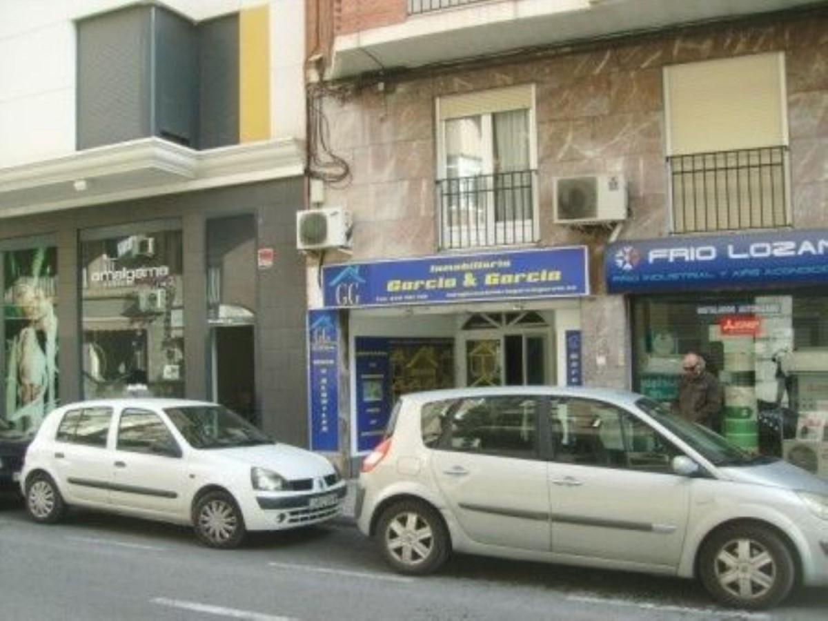 Local Comercial en Alquiler en  Elche/Elx
