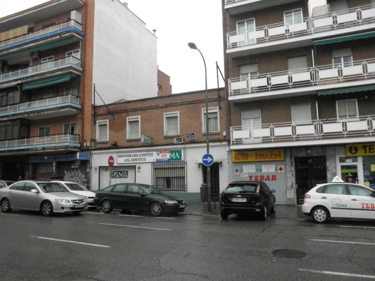 Local Comercial en Alquiler en Ciudad Lineal, Madrid