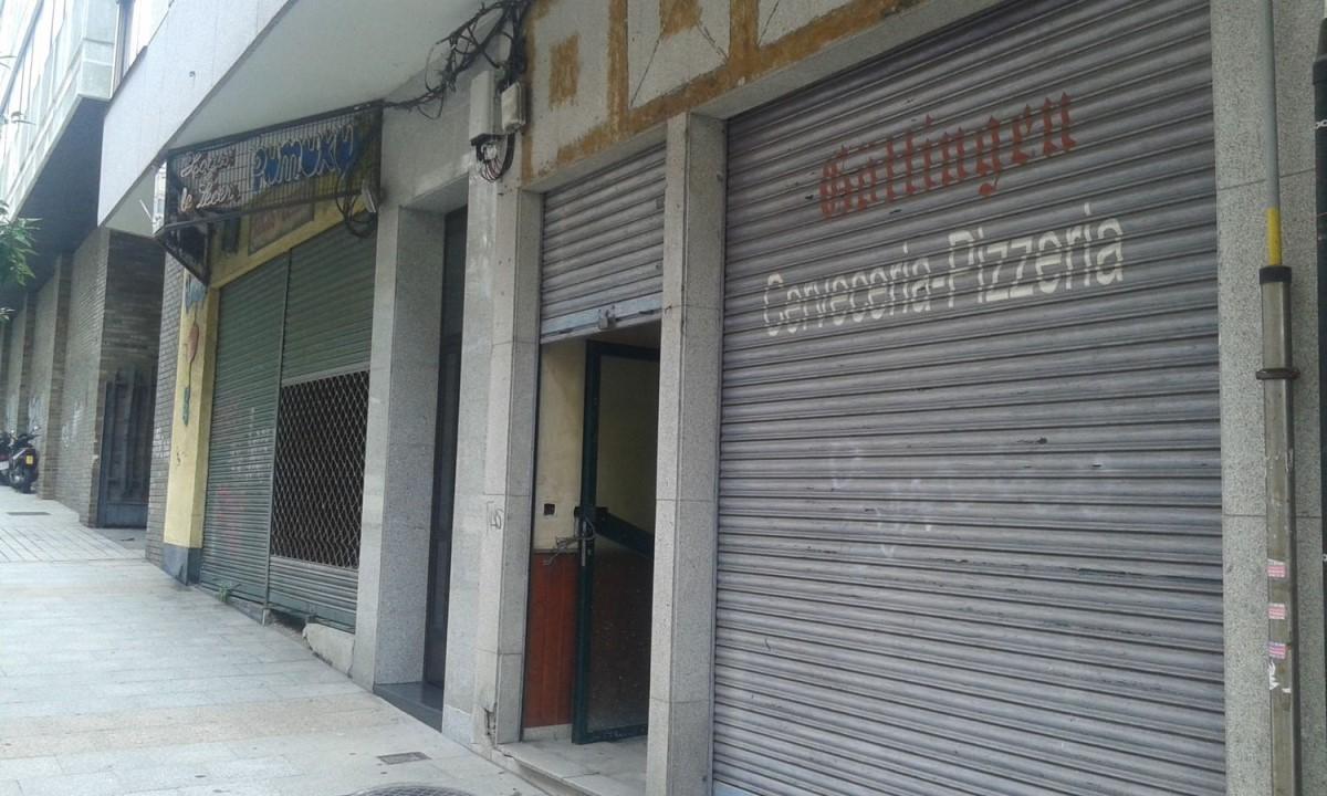 Local commercial  à vendre à Casco Viejo - Berbes, Vigo
