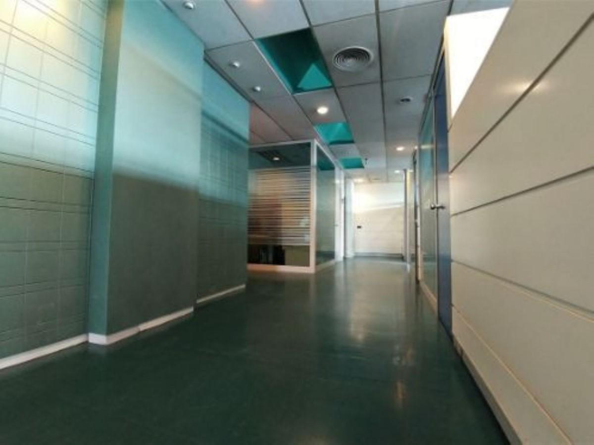 Oficina en Venta en Villaverde, Madrid
