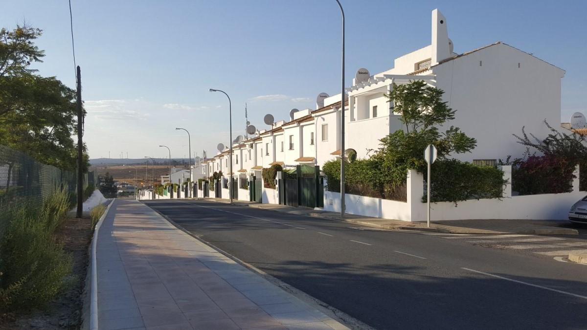 Chalet Adosado en Venta en  Villablanca