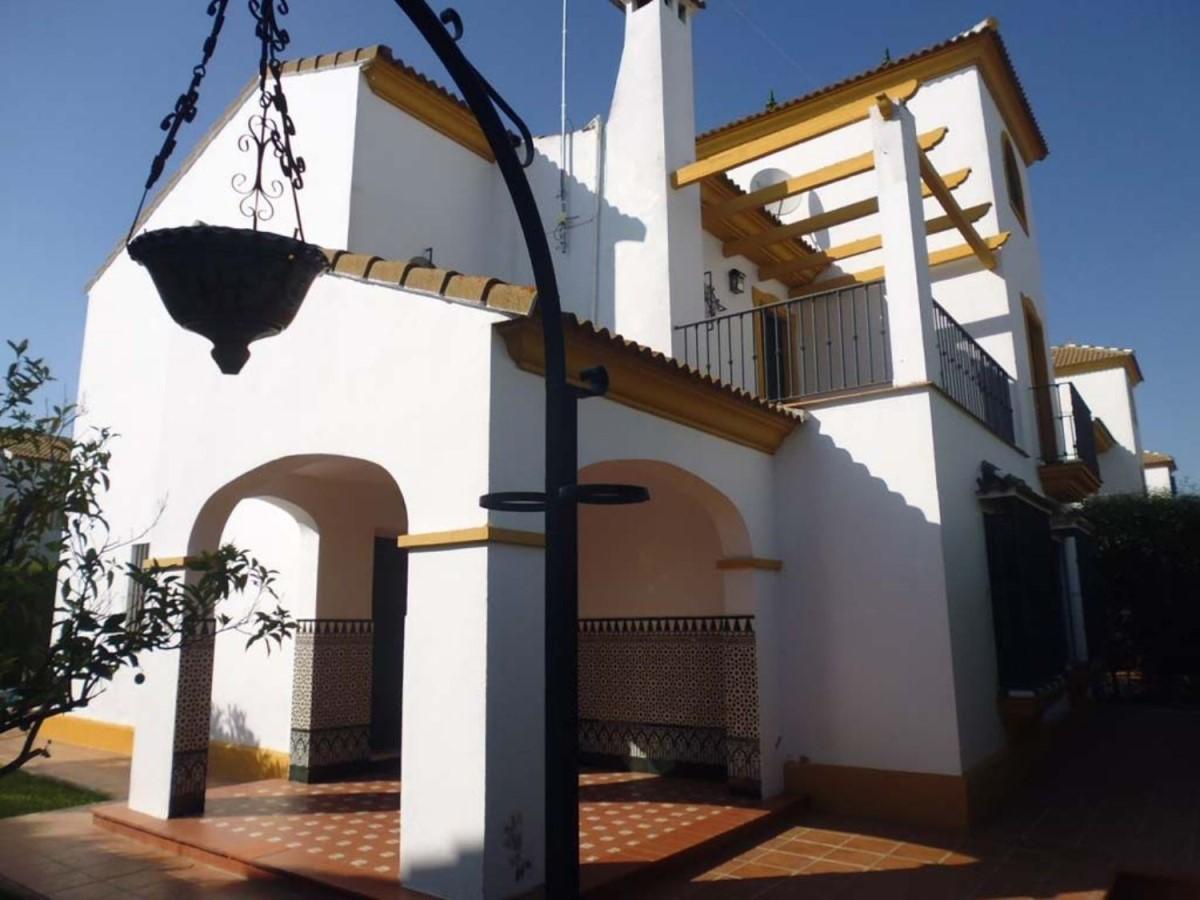 Chalet en Venta en  Sanlúcar la Mayor