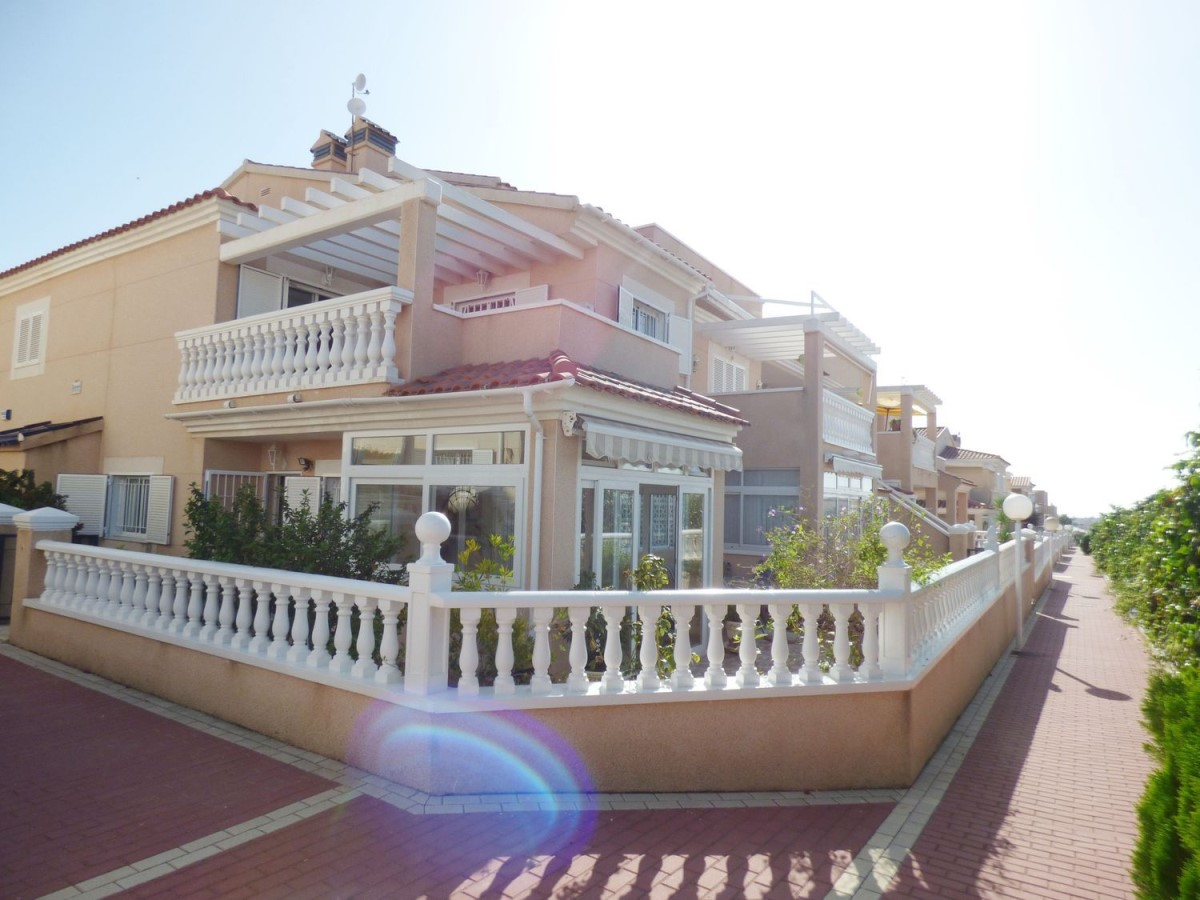 Duplex  For Sale in Orihuela Costa, Orihuela