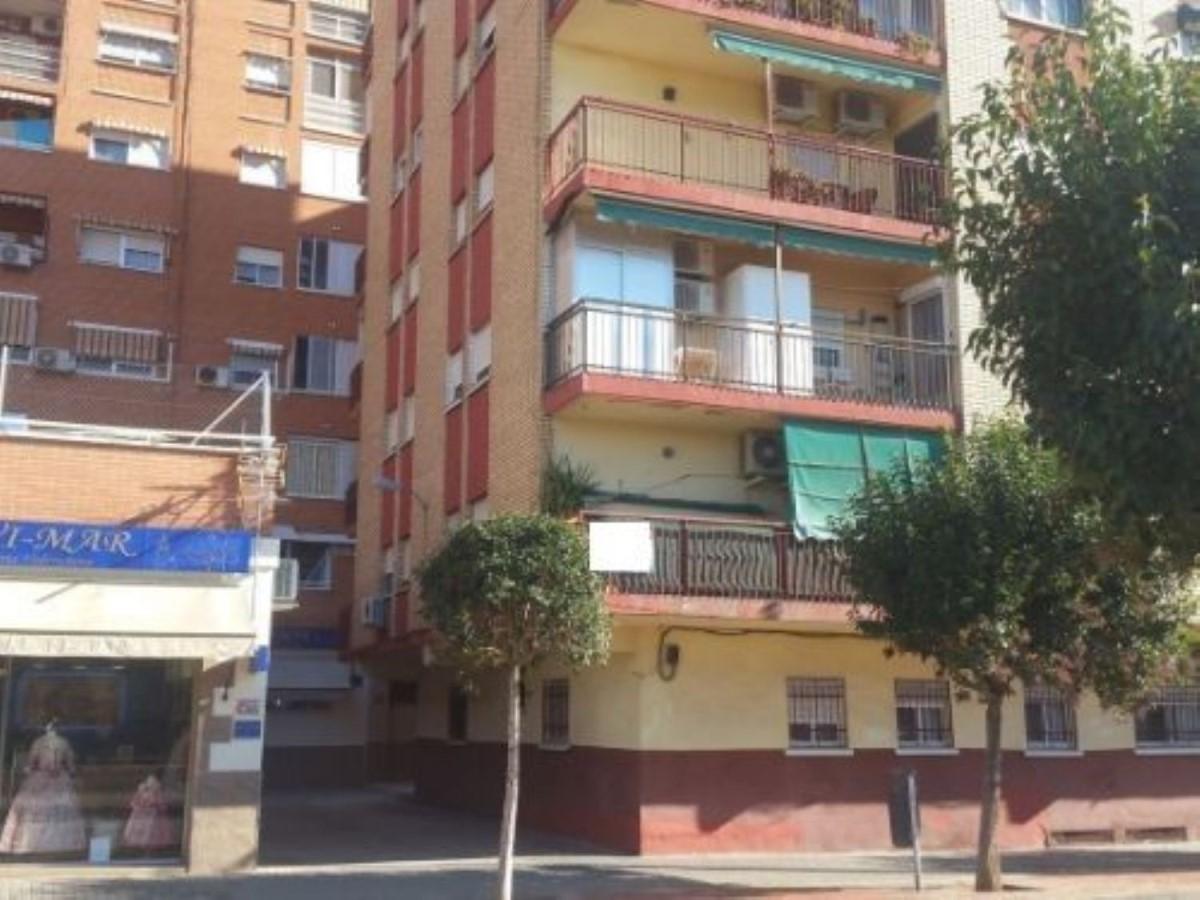 Piso en Venta en Benicalap, València