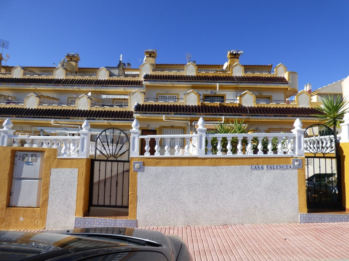 Terraced House  For Sale in  Orihuela