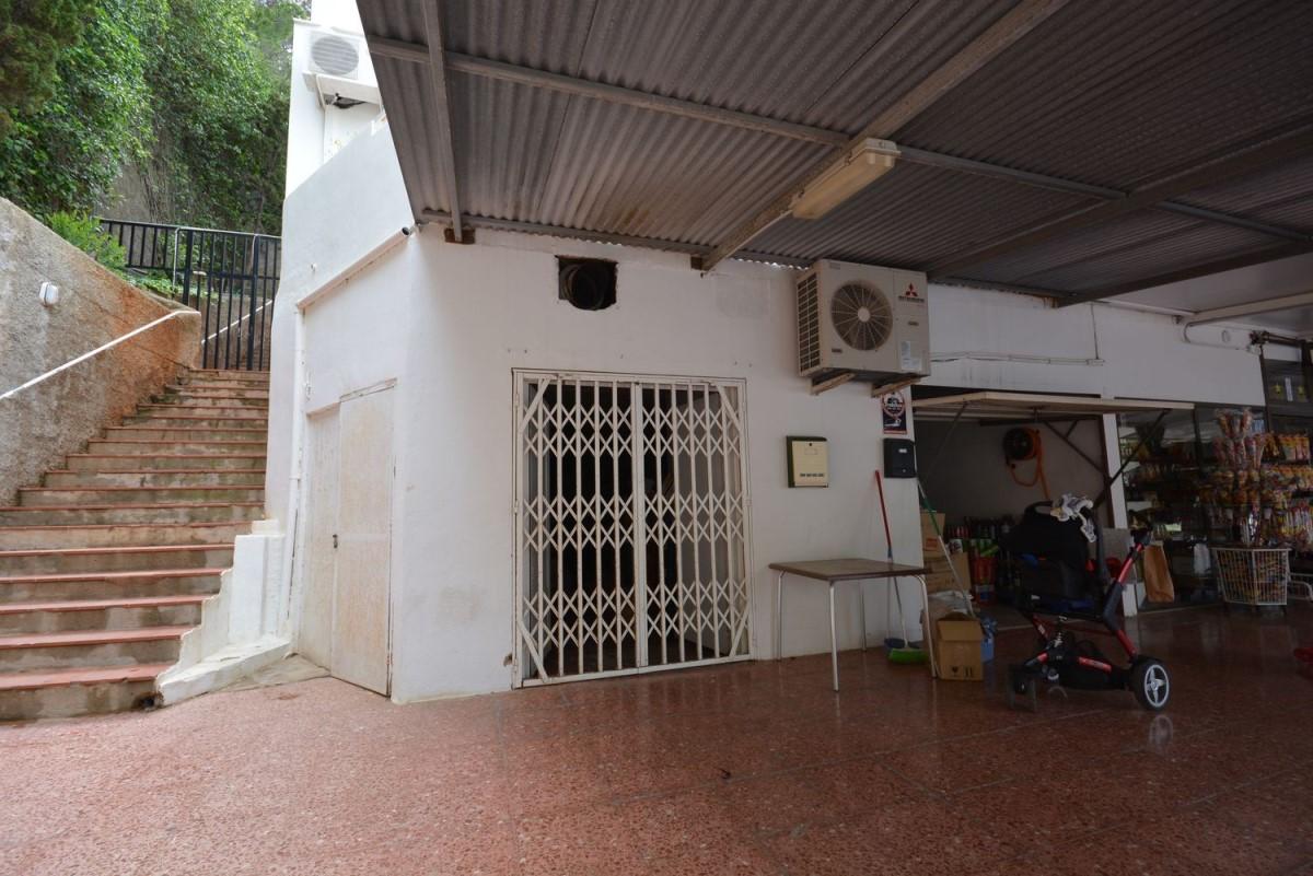 Local Comercial en Venta en  Sant Joan de Labritja