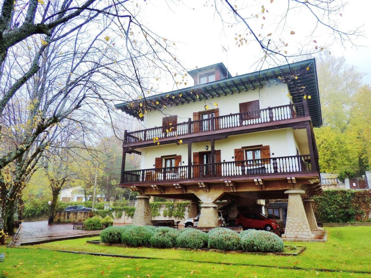 Casa Rural en Venta en  Miraflores de la Sierra