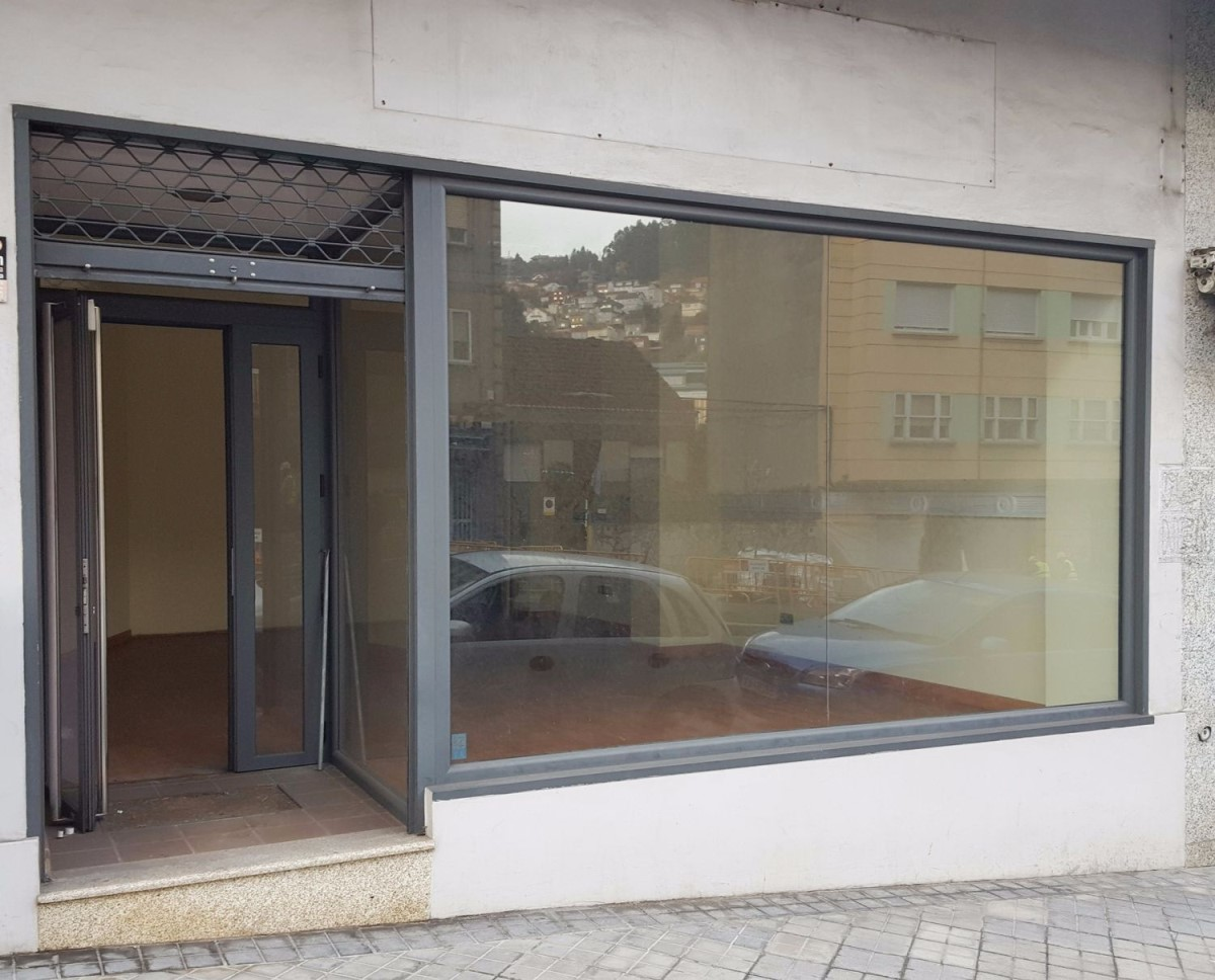 Local Comercial en Alquiler en Casco Viejo - Berbes, Vigo