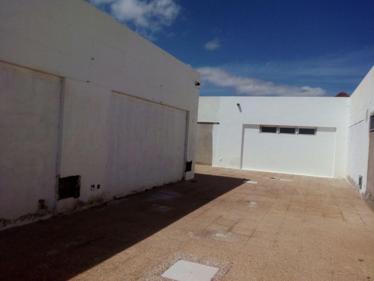 Local Comercial en Venta en  Teguise