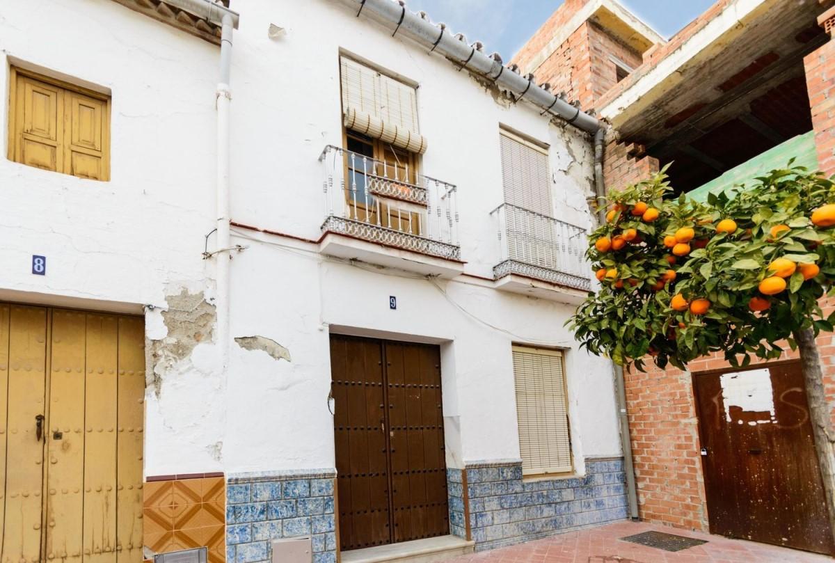 Casa Rural en Venta en  Coín