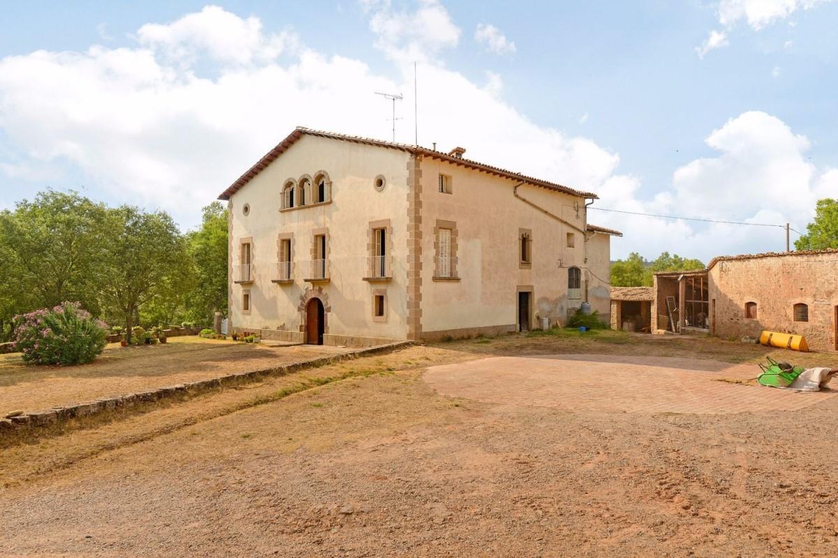 Casa Rural en Venta en  Sallent