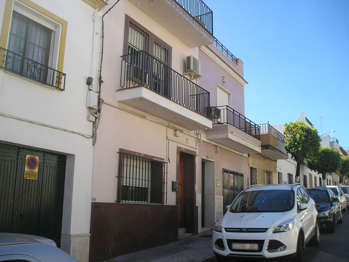 Chalet Adosado en Venta en  San Juan de Aznalfarache