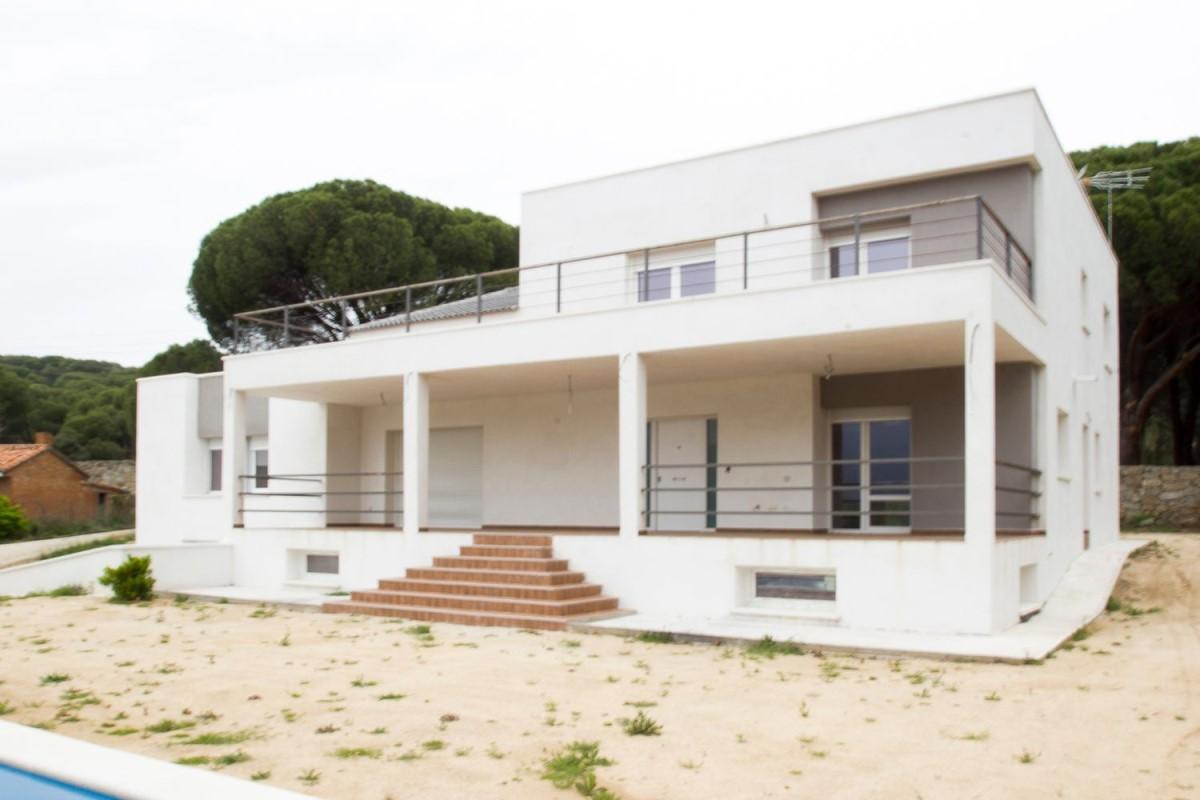 House  For Sale in  Pelayos de la Presa
