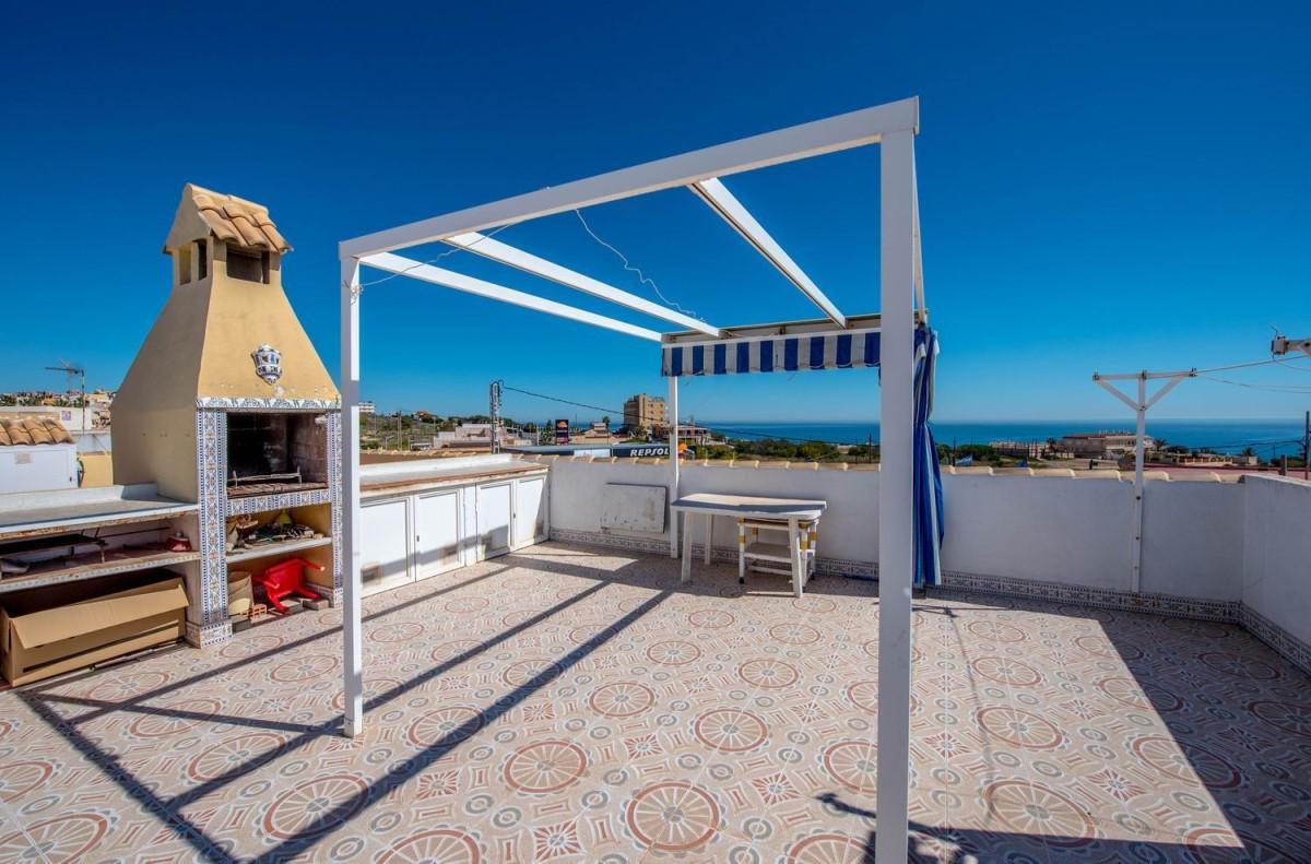 Chalet Adosado en Venta en Playa De Los Locos, Torrevieja