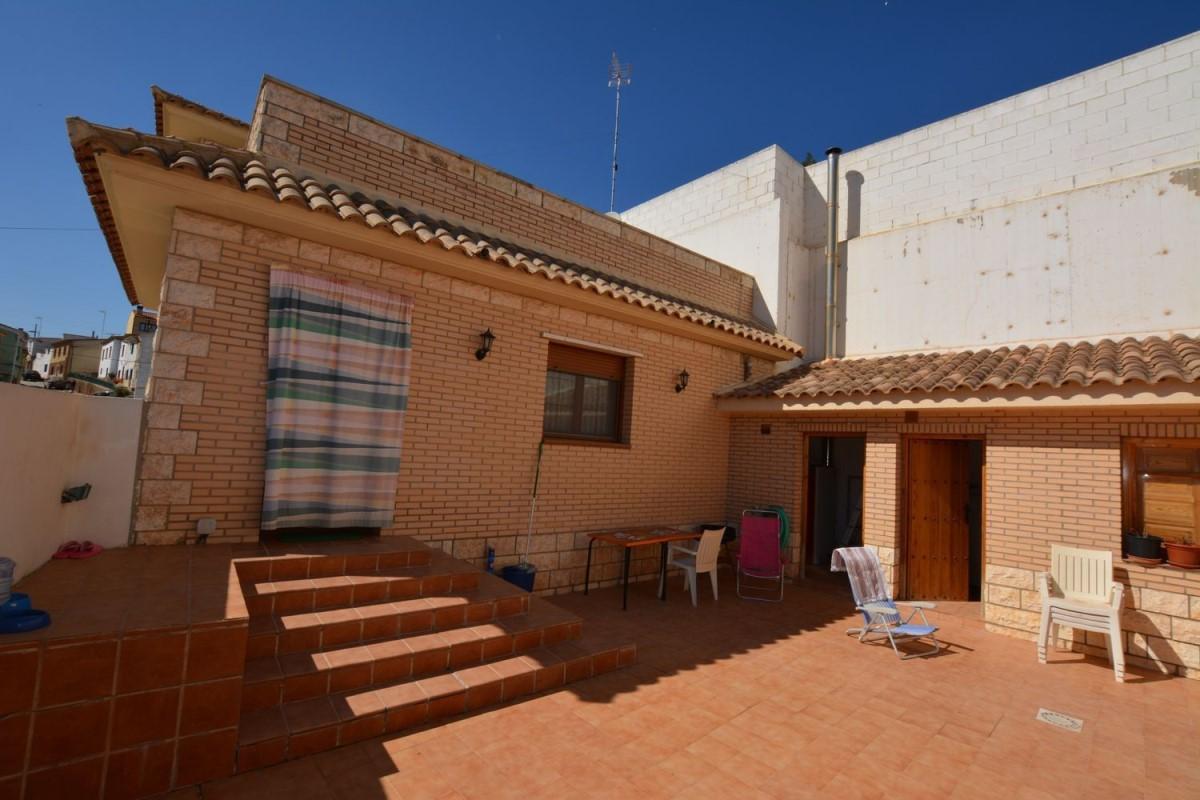 Casa Rural en Venta en  Quinto