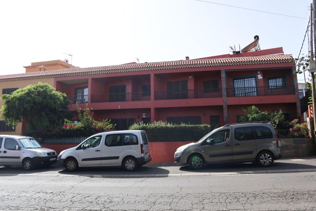 Chalet Adosado en Venta en  Rosario, El