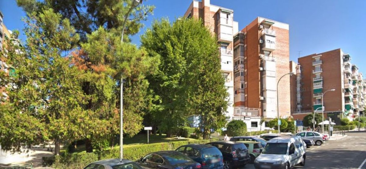 Local Comercial en Venta en Moratalaz, Madrid
