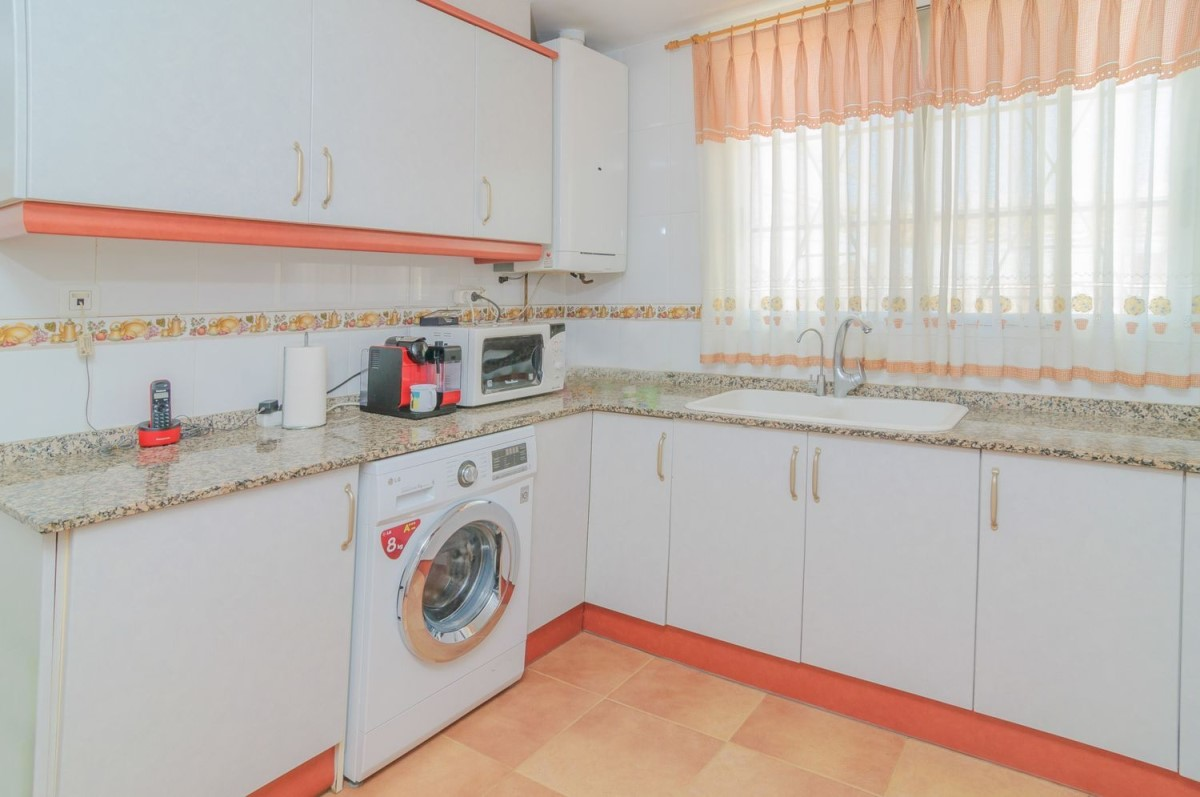 Terraced House  For Sale in  Chiva