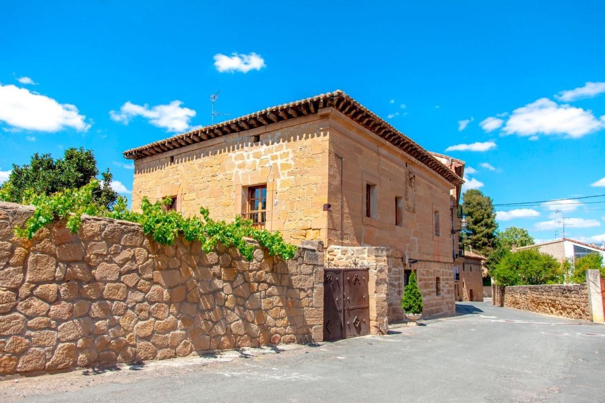 Casa Rural en Venta en  Ollauri