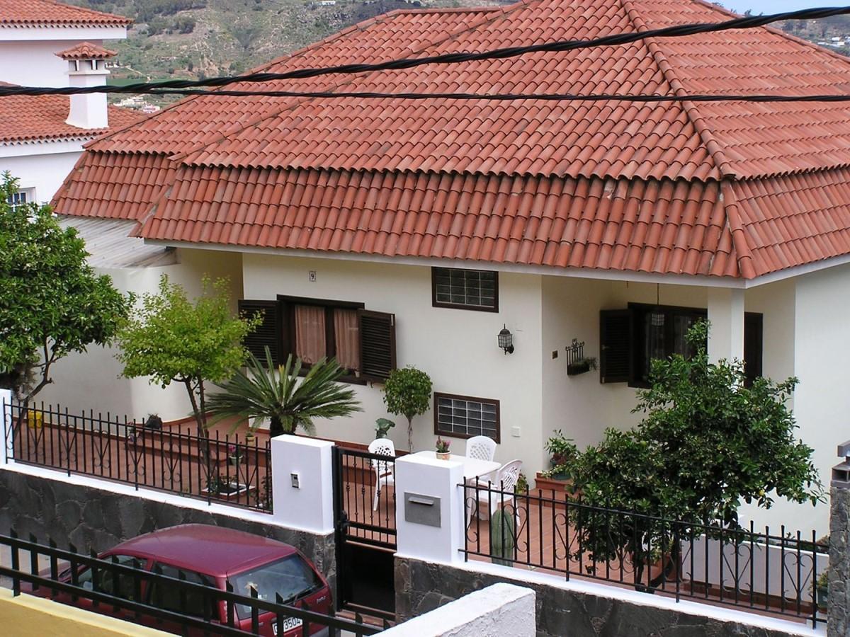 House  For Sale in  Santa Brígida