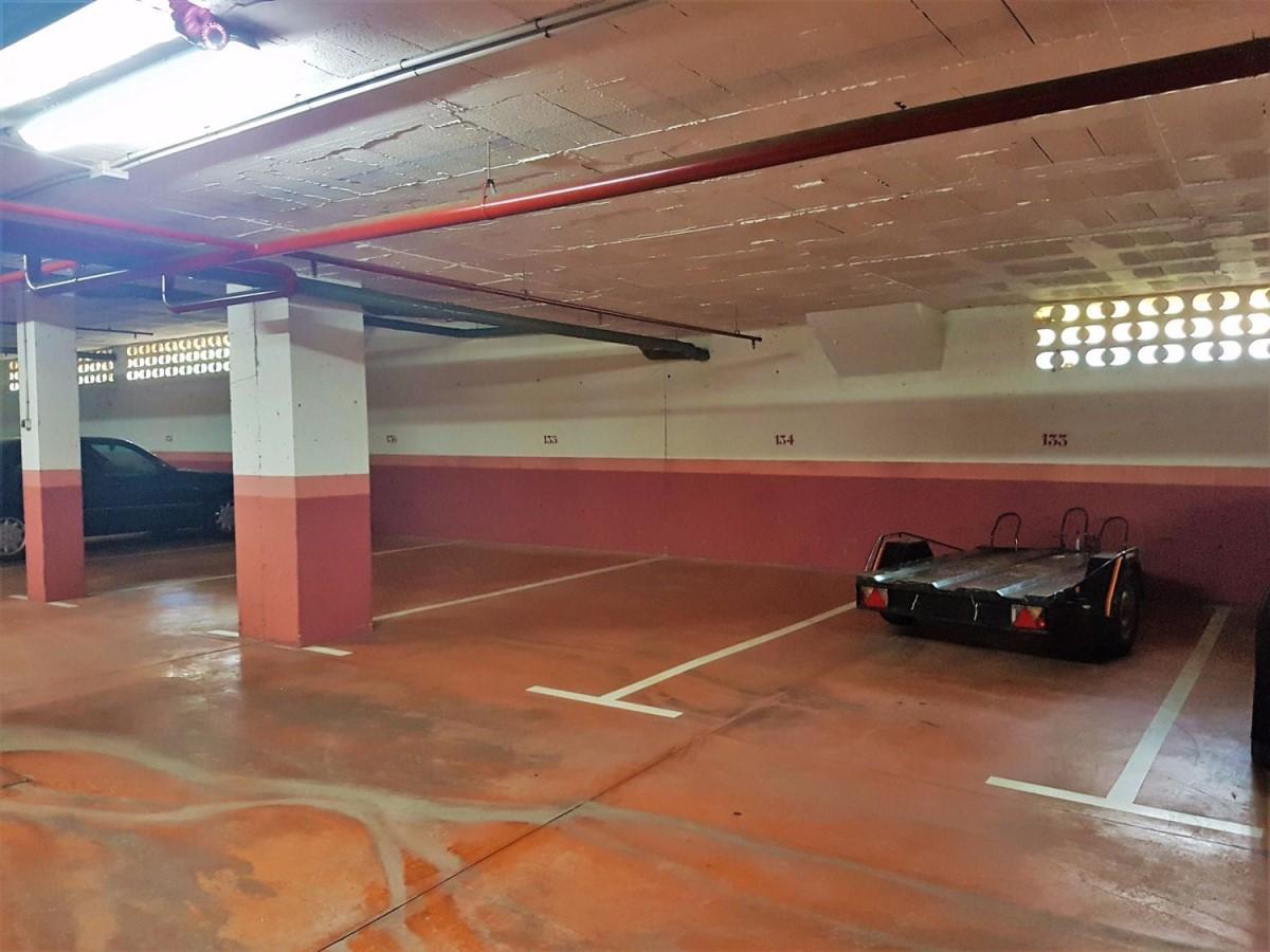 Garaje en Venta en Nueva Andalucía, Marbella
