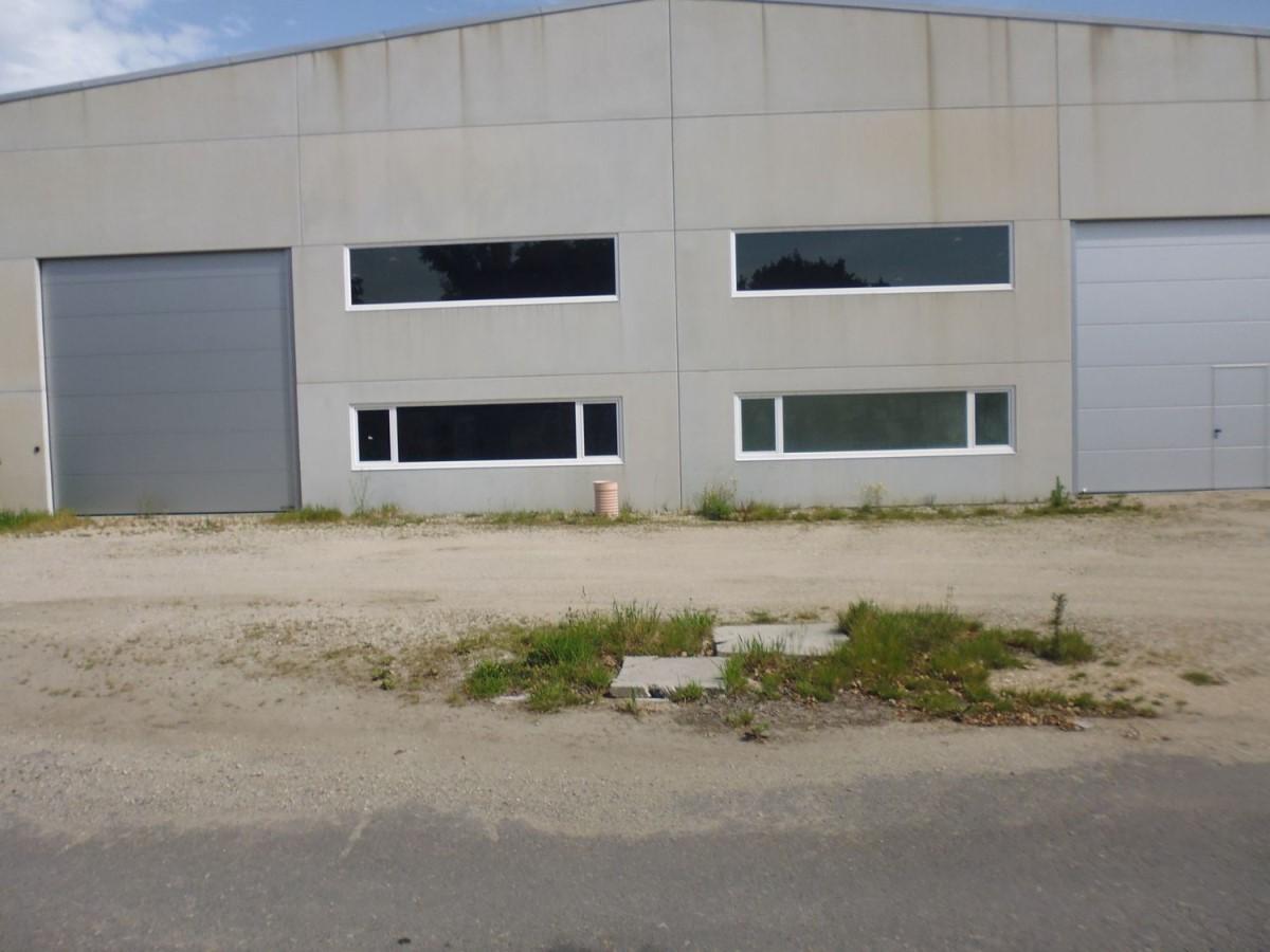 Nave Industrial en Venta en  Santa Comba