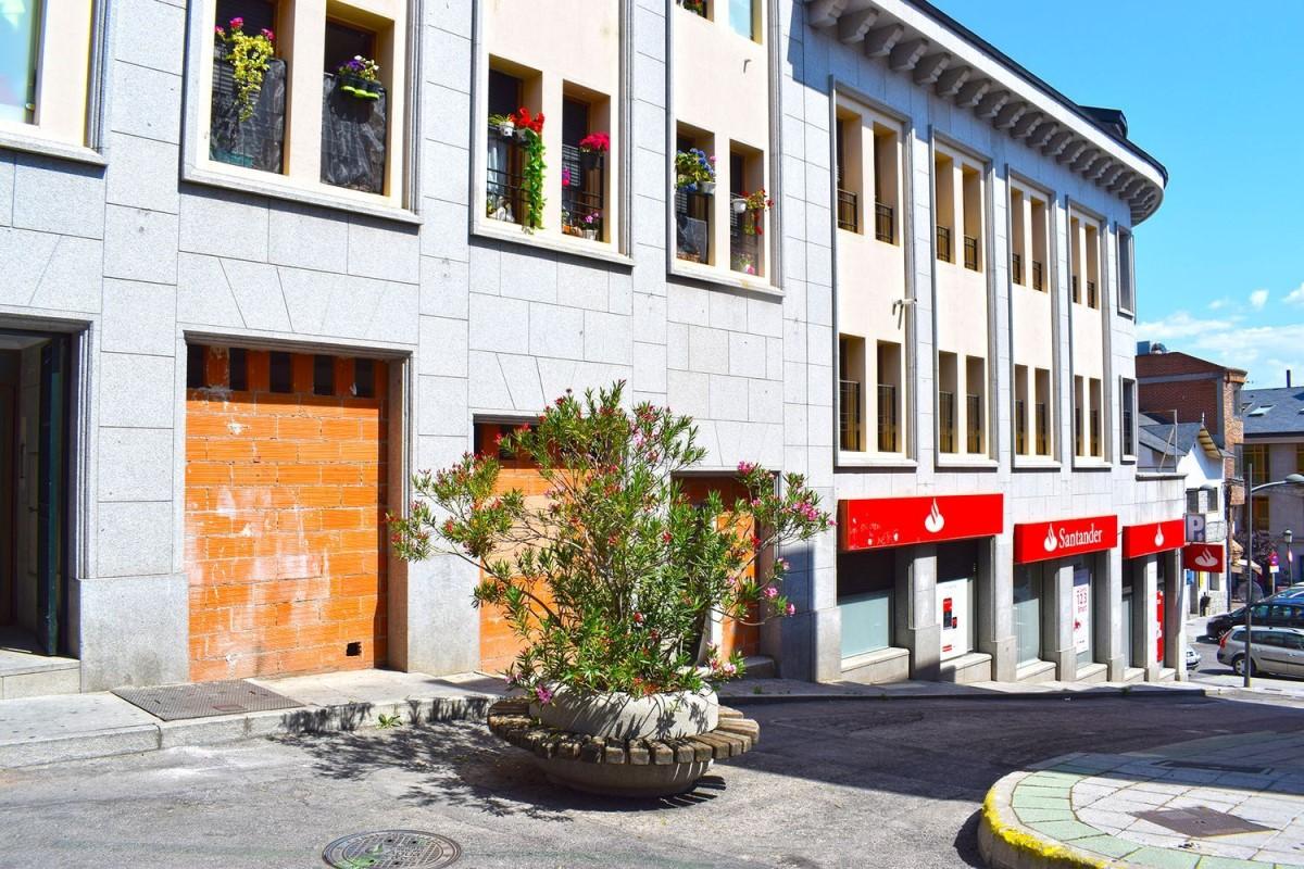 Local Comercial en Venta en  Galapagar