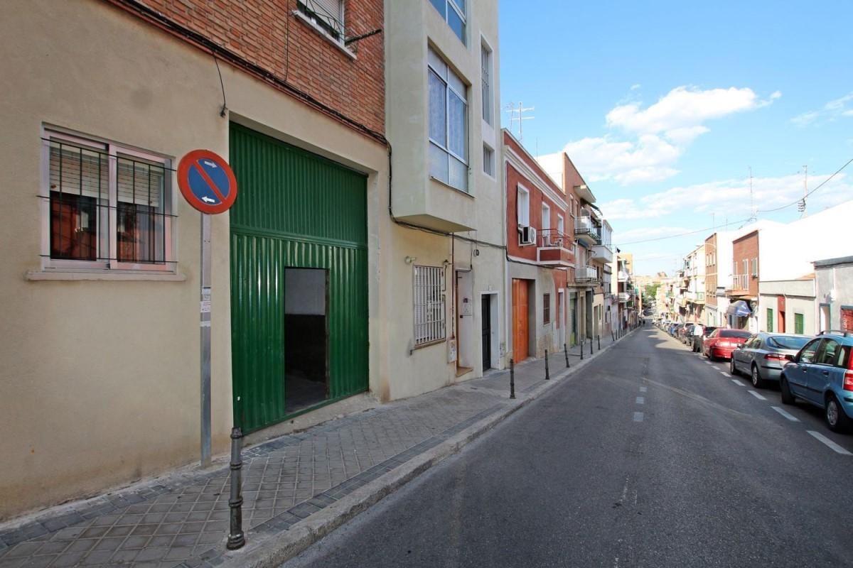 Nave Industrial en Venta en Usera, Madrid