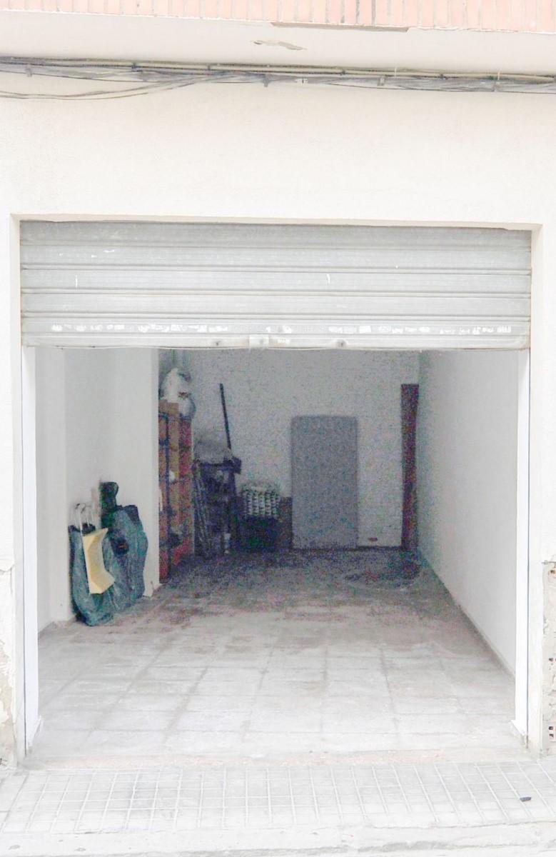 Garaje en Venta en  Torrent